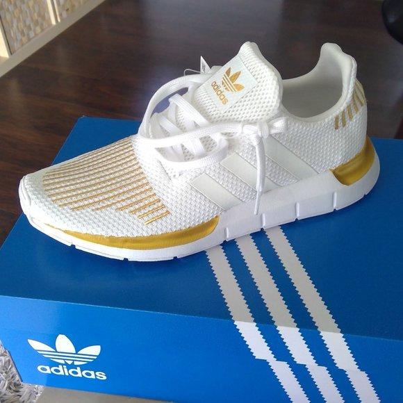 adidas Shoes   Adidas Swift Run